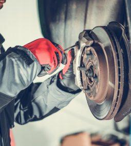 Car Brakes Replacing